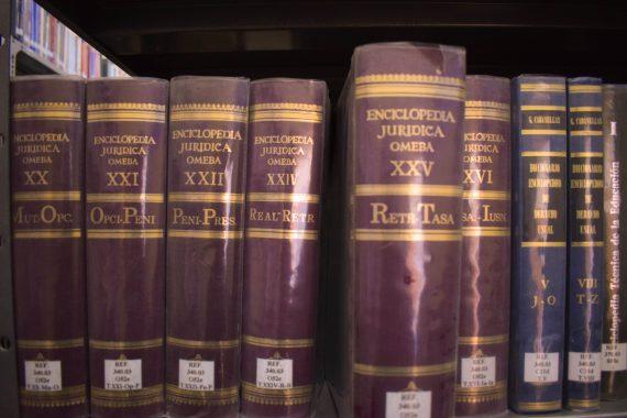 Biblioteca 03